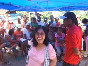 Evelyn Castillo (center) conducting seminar and discussion with fisher folk community of Giporlos, Samar