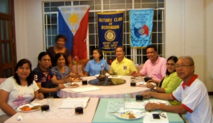 (sitting far left); Rotary Club Borongan, Eastern Samar President Dr. Antoinete Cui with fellow Rotarians