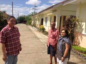 (left to right): Dr. Rufino Palabrica, Mayor Dingle; Mr. Romeo Aguirre, Dingle Housing Association President; Evelyn Castillo, Liaison of Bayanihan Foundation