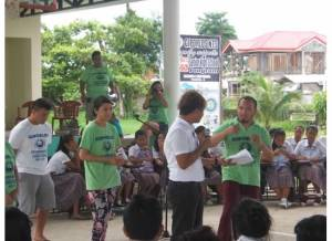 Marc Butiong (standing far left) joins NEXTGEN Fellows and Kaluluwa Kolectivo in conducting an environmental education workshop in Giporlos, Samar