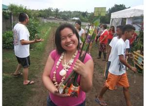 Jeselle Santiago ready to plant mangrove seedlings in Liloan, Cebu