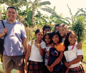 (far left) Dale Asis and school children of Barangay Salvacion, Giporlos Samar